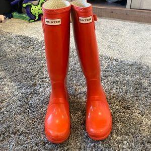 Size 6 orange authentic Hunter rain boots